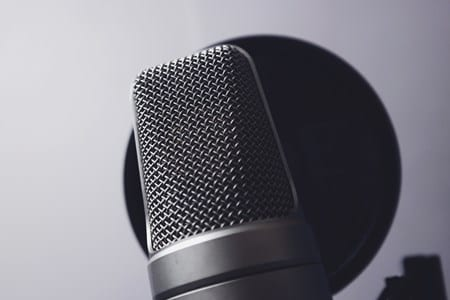 Best Microphone for Singing for the money - featured image