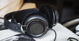 Best Open Back Headphones under $200 - fb featured image 3