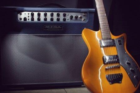 best guitar amp under $200 - featured image